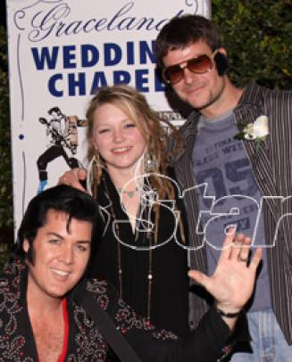 Did You Know Crystal Bowersox Got Married In Vegas A Few